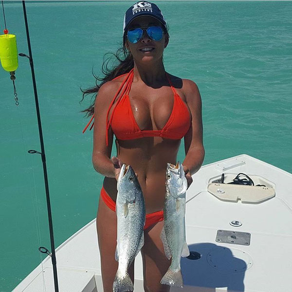 girls fishing 201836