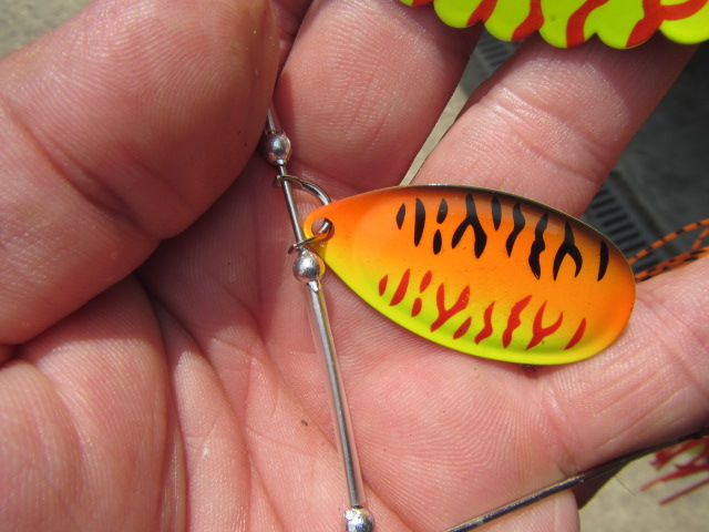 spinnerbait XL Suissex (1)